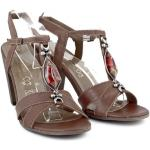 Hnedé dámske sandále zdobené kamienkom 889 ZODIACO